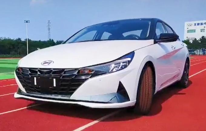 北京现代新伊兰特9月底上市 尺寸加长-超丰田卡