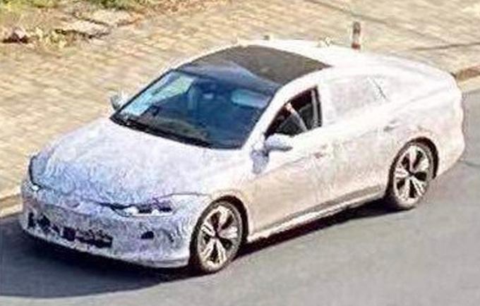 新老车型同售上汽大众新凌渡年底上市 尺寸加长-图1