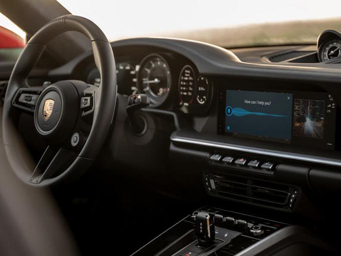 保时捷全新车机亮相!中控屏增大/语音系统升级