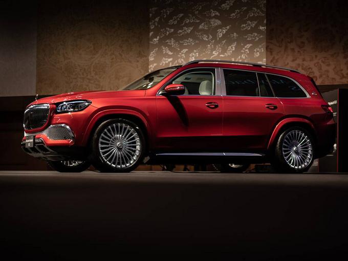 梅赛德斯-迈巴赫旗舰SUV开售!搭4.0T/双色车身