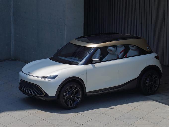 smart首款SUV正式发布 劳斯莱斯式对开门+奔驰内饰