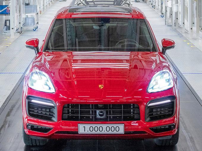 第100万辆保时捷卡宴下线 GTS版本/车身红色涂装