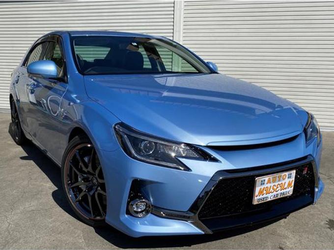 丰田锐志性能版实拍!搭3.5L V6引擎/外观更犀利