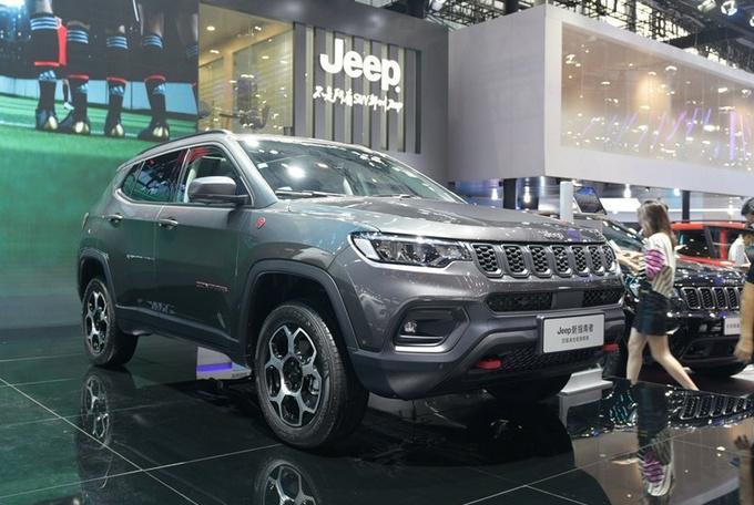 Jeep新款指南者上市 售13.98-20.98万 起售降1.6万