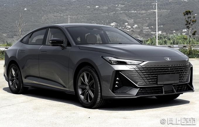 长安UNI系列轿车曝光 动力超思域 预计11万起售