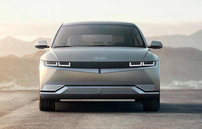 现代全新纯电动SUV首秀 造型科幻 4月国内发布