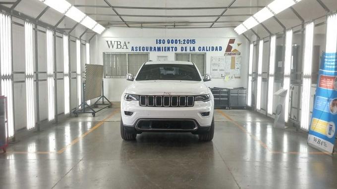 Jeep大切诺基防弹版下线!搭5.7L引擎/内饰更豪华