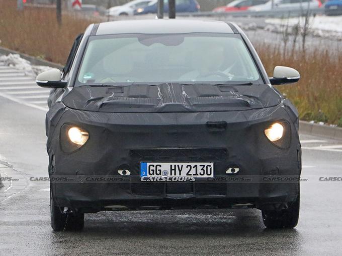 起亚全新SUV路试谍照 可选三种动力/换装新款大灯