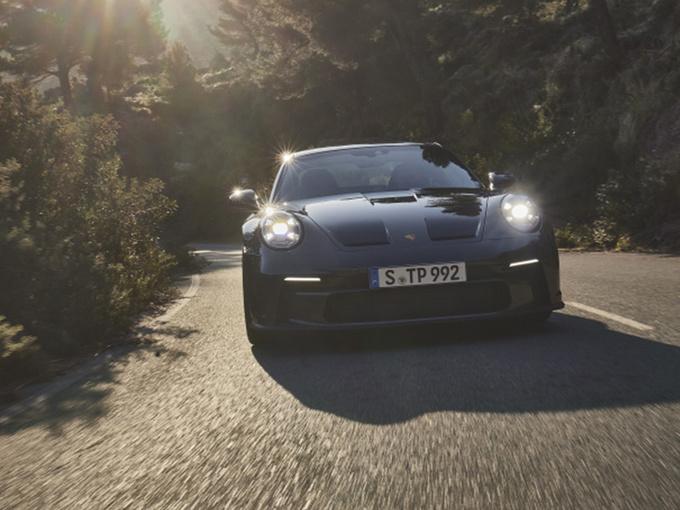 保时捷911新车型正式发布!搭4.0L引擎/配全新套件