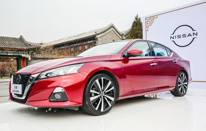 东风日产2021款天籁北京焕新上市 售17.98万起