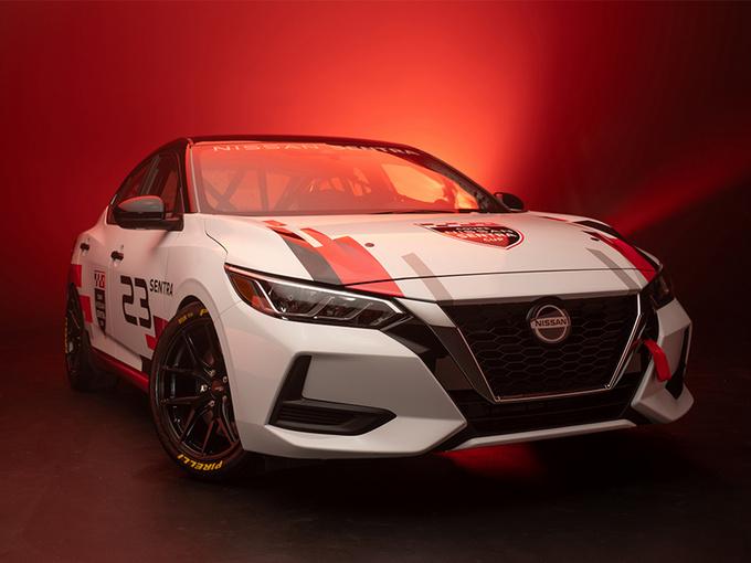 日产推轩逸赛车版 2.0L引擎+6MT/熏黑定制轮毂