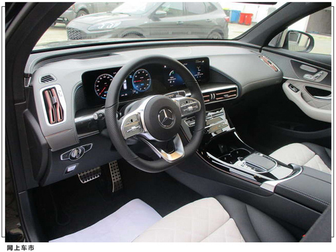 梅赛德斯-奔驰EQC实拍搭双联屏/全新MBUX系统-图5
