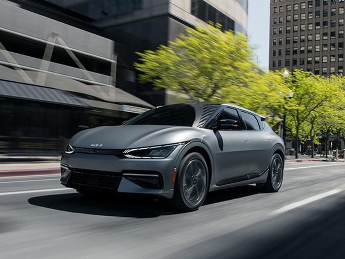 起亚EV6首批车型预售告罄 搭双电机/明年初交付-图1