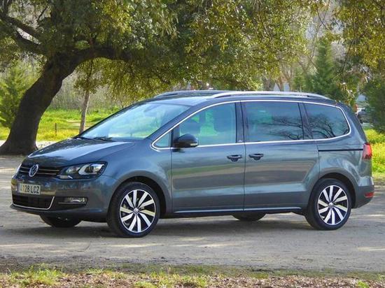 大众夏朗新车型开售 配置升级增四驱系统
