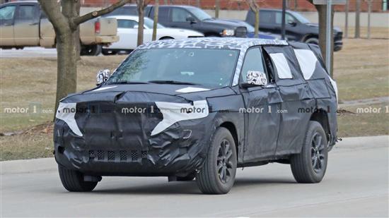 Jeep大切诺基最新谍照曝光 新增PHEV车型