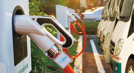 新能源市场风云迭起 谁有可能先行抢占市场?