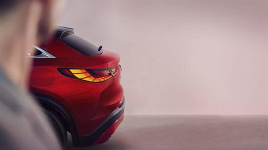 英菲尼迪QX5511月17日发布 定位中型轿跑SUV
