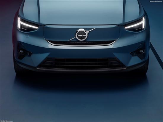 新车图赏:沃尔沃溜背SUV C40惊艳亮相