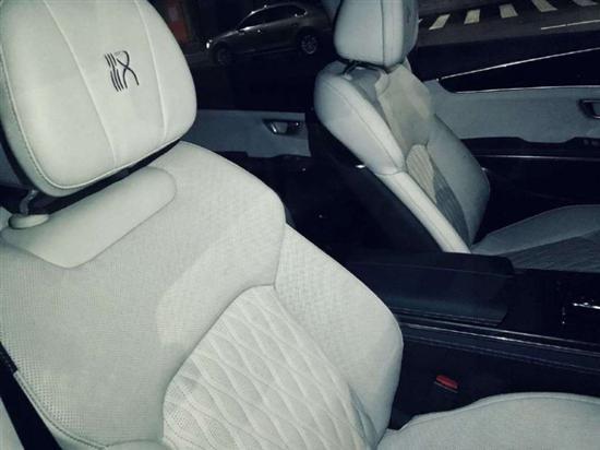 比亚迪汉推出浅色系内饰车型 今日上市