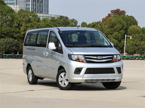 济南租赁行业增新车 瑞风两款MPV已集中交付